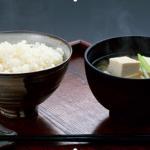 【甘い物は脳に悪い – 笠井奈津子】美味しいと感じる食べ物の栄養素とは