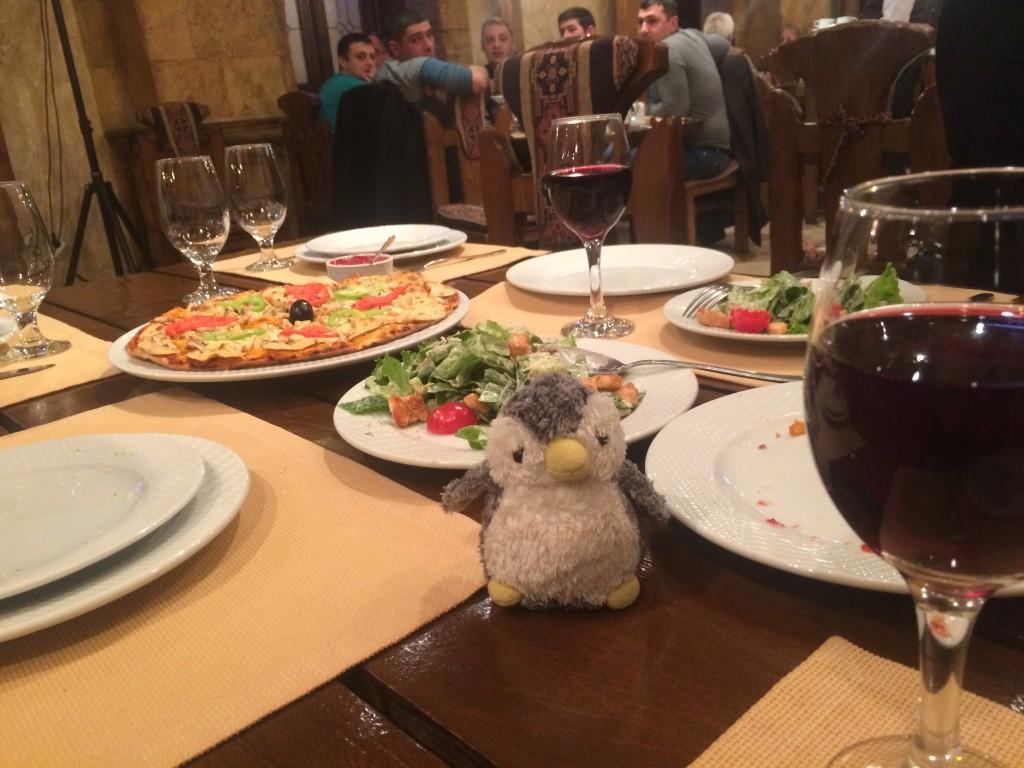 アルメニア料理は安くて美味しい、そして何と言ってもアルメニアワイン!