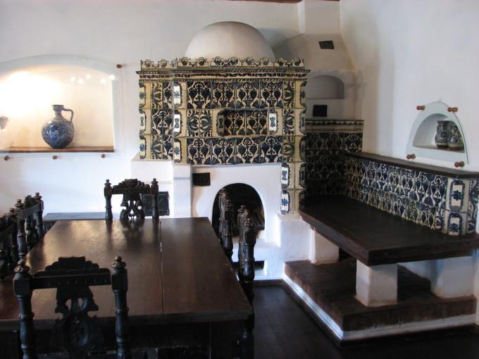 当時の貴族達が嗜んでいた高級そうな家具