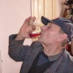 グルジア(ジョージア)はワインの発祥地!どの宿もワイン飲み放題!