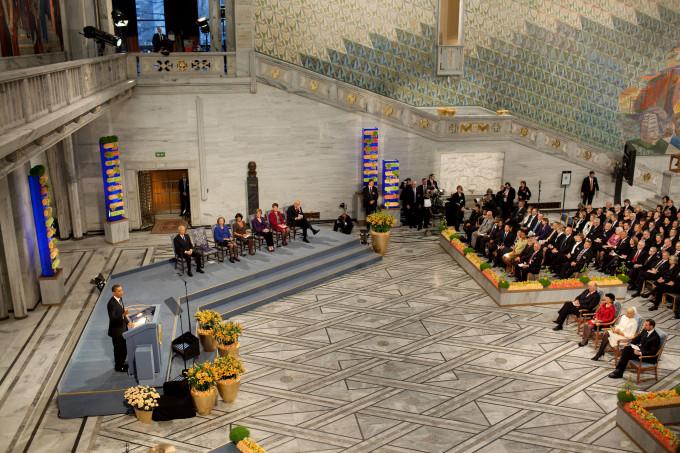 こちらが実際にノーベル平和賞授賞式の模様!