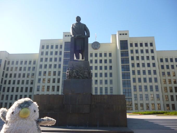 またもやレーニン像!なぜかルカシェンコ大統領よりも多く見る!