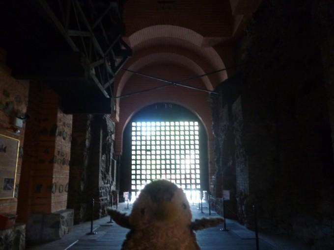 キエフ門は有料だけど中に入れるよ!僕はここで展覧会の絵を聴いて号泣しちゃったんだ!